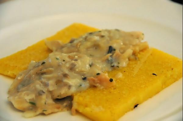 http://venetoedintorni.it/ricette-tradizionali-venete/img/1406896749-baccalavicentina.jpg